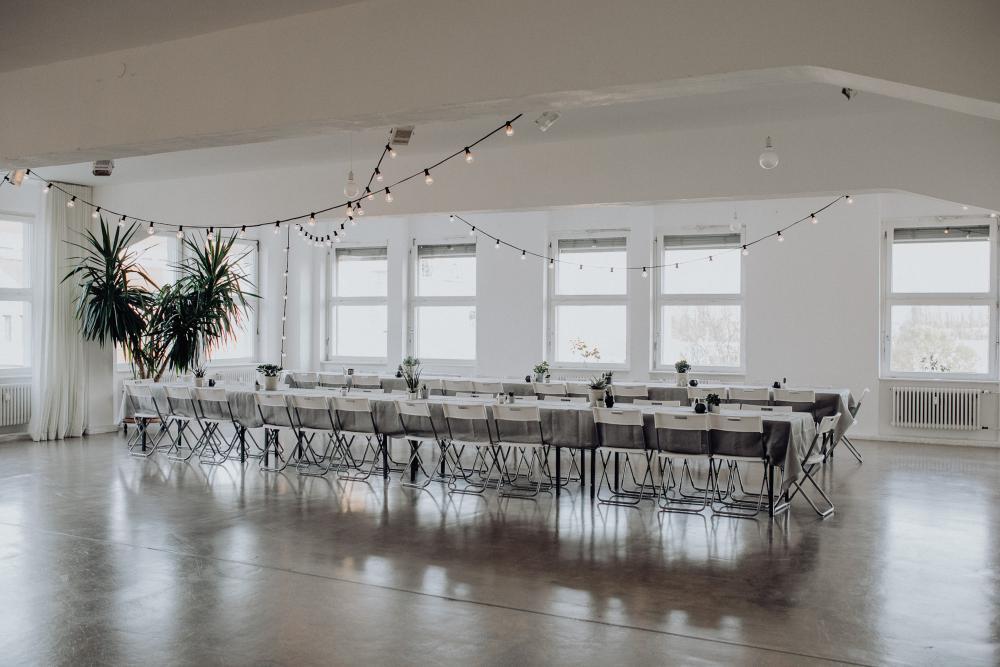 Colonia Nova - Tables